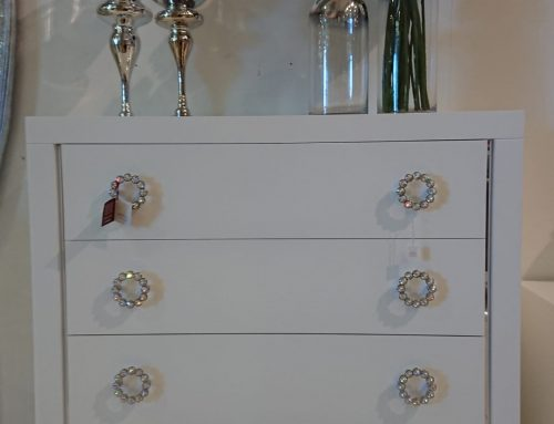 Last Units Promotion – Wooden chest of drawers promotion with 4 drawers